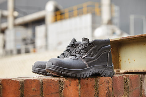 vulcanised boots